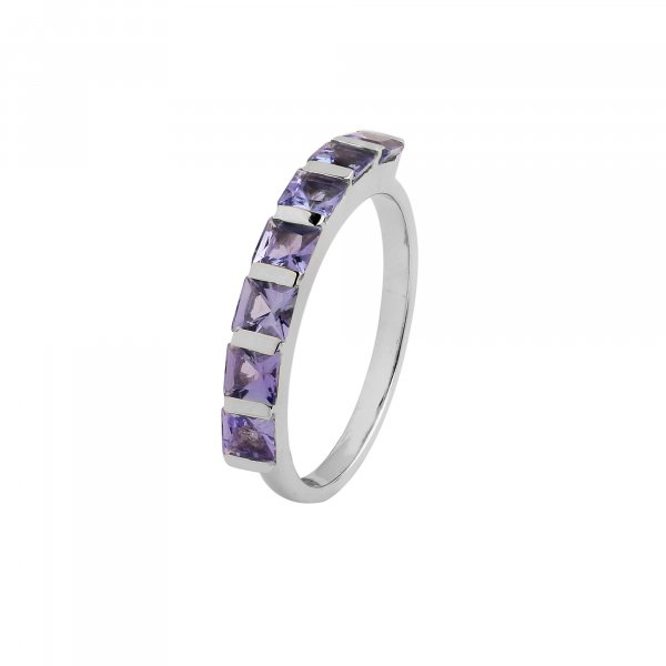 Tanzanite 3mm square Ring