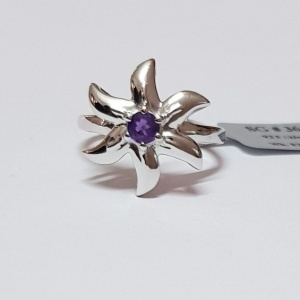 amethyst floral ring