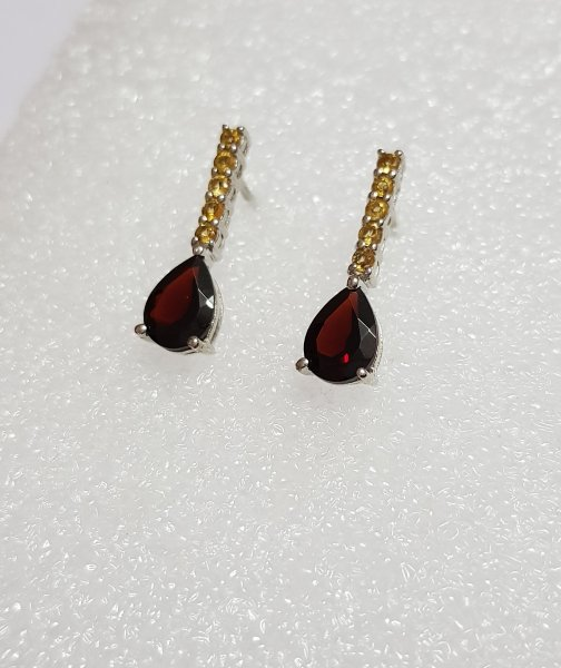 garnet pear cut earring