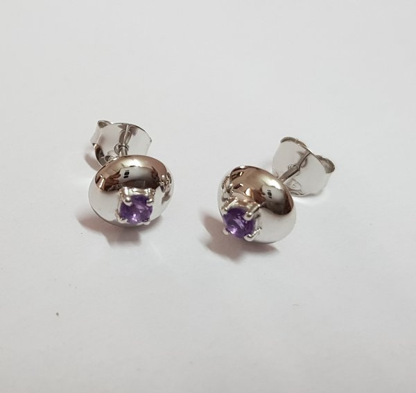 Ear Ring With White gold & Amethyst
