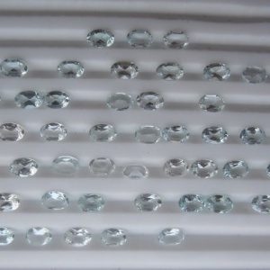 Aquamarine oval faceted