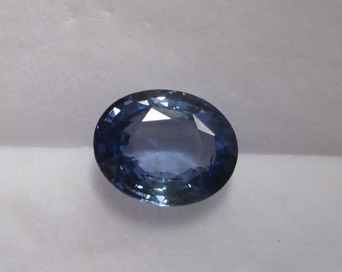 Blue sapphire oval