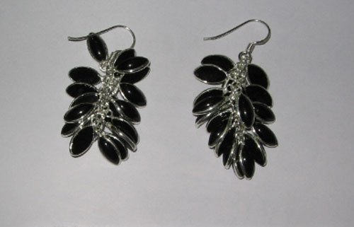 Earring with 10x5 Marquise cabs