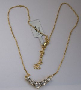 Gold Necklace with w. topaz, Diamond