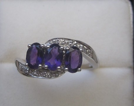 Gold Ring With Amethyst, w.Topaz