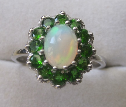 Gold Ring With opal and chrome diopside