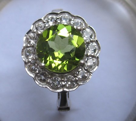 Gold Ring With Peridot and topaz