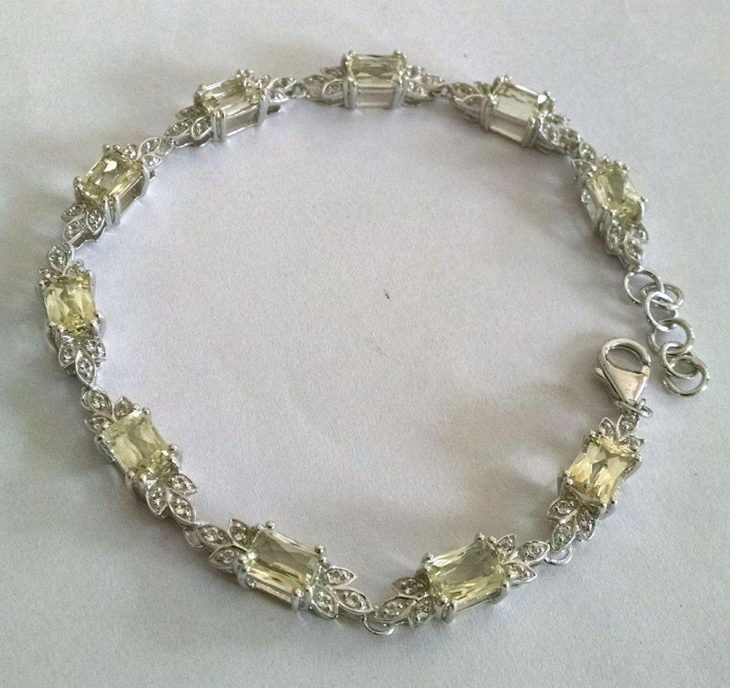 Lemon Quartz Bracelet With White Topaz