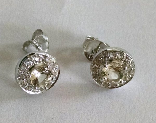 Lemon quartz earring with white topaz