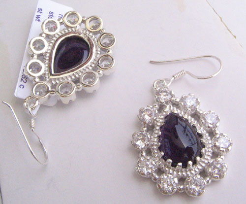 Onyx and zircon earring