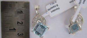 Pendant With Blue Topaz & White Topaz