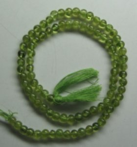 Peridot plain round beads 4mm
