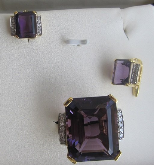 Set With Amethyst & Diamonds