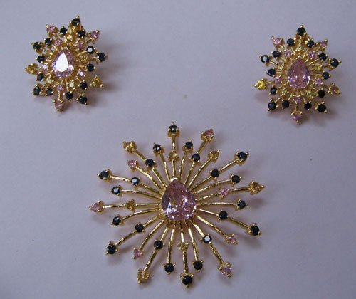 Set With Multi Sapphire and pink Zircon