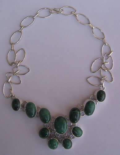 Silver necklace with melakite gem stone