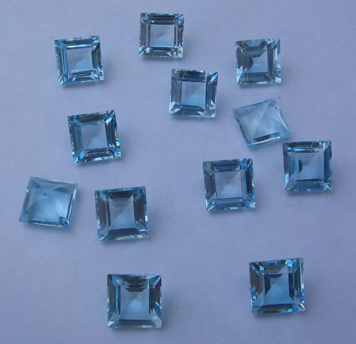 Sky Blue Topaz sq. cut gem stone