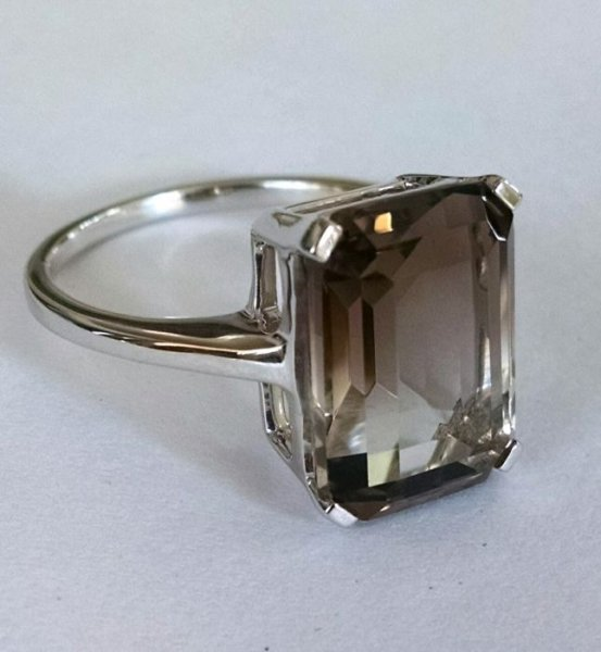Smoky quartz octagon solitaire