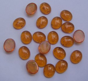 Syn. Amber Oval Cab