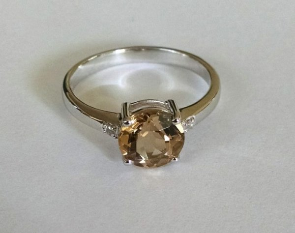 Whiskey quartz solitaire ring