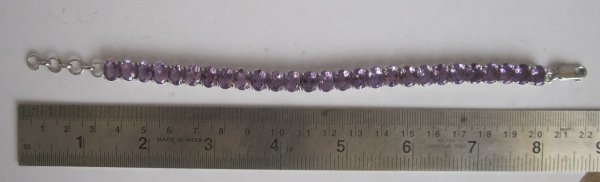 white Gold Bracelet With amethyst